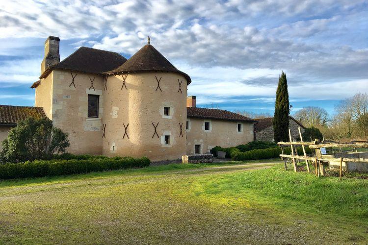 Vakantiehuizen Frankrijk | Pays-de-la-loire | Vakantiehuis te huur in Lencloitre met zwembad   10 personen
