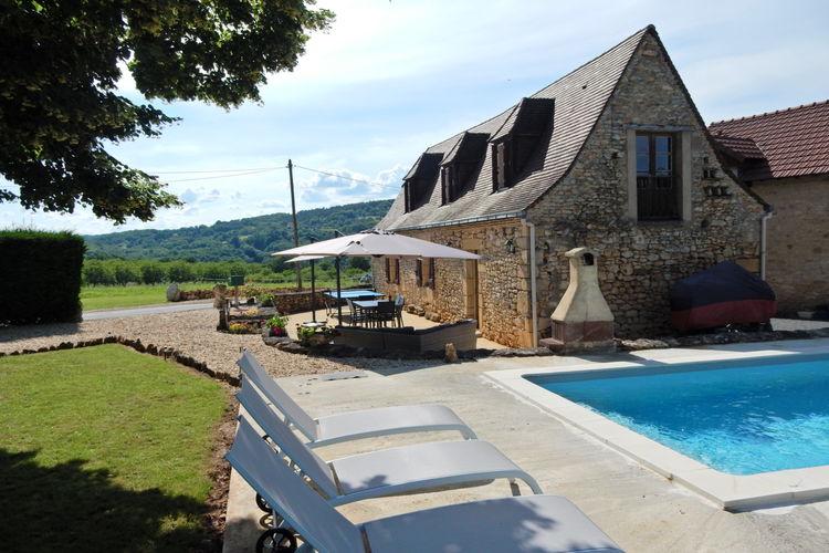 Vakantiehuis met zwembad met wifi  DordogneMaison de vacances Saint Leon sur Vezere La Malenie