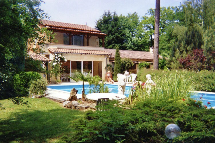 Vakantiehuis met zwembad   DordogneMaison de vacances Lamonzie Montastruc
