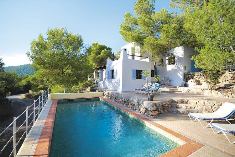 Villa met zwembad met wifi  Ibiza  Villa op Ibiza, verscholen tussen het groen met prive-zwembad