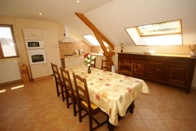 Ref: FR-39800-02 2 Bedrooms Price