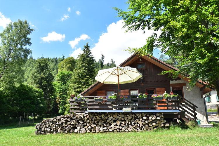 Chalet  met wifi  Turquestein Blancrupt  Knus vrijstaand chalet in groene vallei met bergstroompje op 50 meter