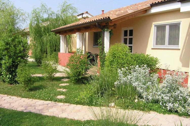 Porec Bungalows te huur Mooie bungalow op kleinschalig park aan de rand van het populaire stadje Porec