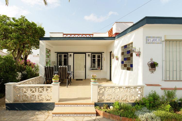 Costa del Azahar Vakantiewoningen te huur Vrijstaand vakantiehuis in een rustige villawijk van Vinaròs vlakbij het strand