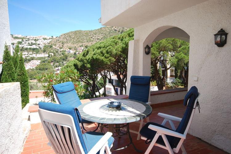 Vakantiehuizen Spanje | Costa-Brava | Appartement te huur in Canyelles-Petites   met wifi 4 personen