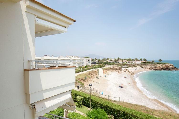 Costa del Azahar Vakantiewoningen te huur Verzorgd appartement met uitzicht op zee met twee zwembaden vlakbij Vinaròs