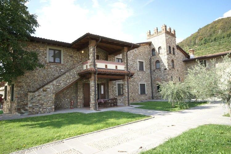 Appartement met zwembad met wifi  Italiaanse MerenBorgo Franciacorta 1