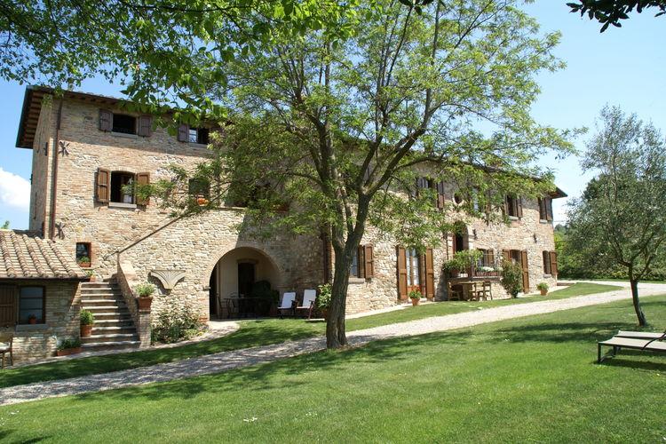 Vakantiehuizen Italie | Umbrie | Vakantiehuis te huur in Montone met zwembad  met wifi 4 personen