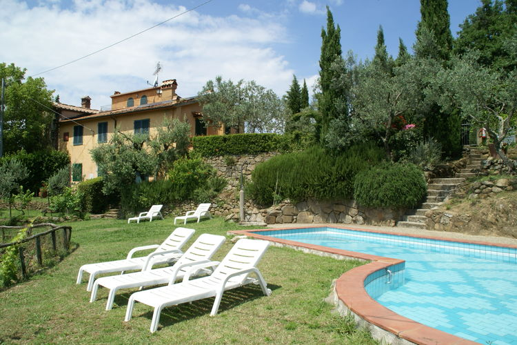 Vakantiehuis met zwembad met wifi  Lamporecchio  Borgo Patrizia Palaia