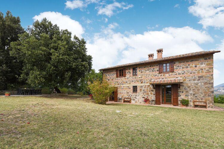 Vakantiehuizen Italie | Toscana | Vakantiehuis te huur in Radicofani-Siena met zwembad  met wifi 4 personen