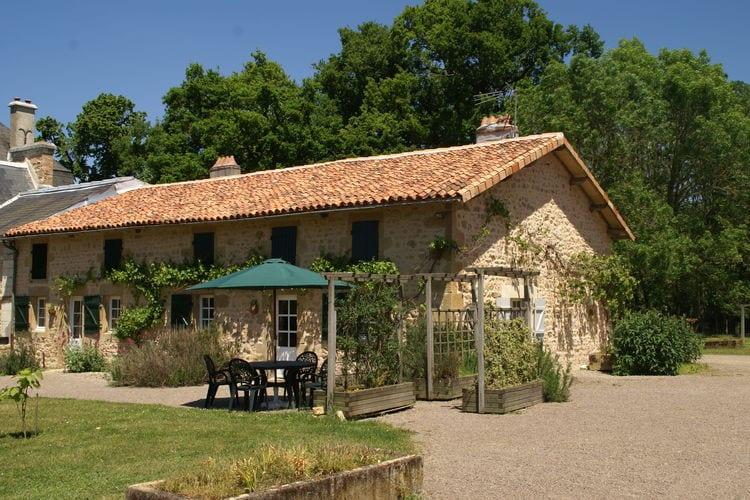 Vakantiehuizen Frankrijk | Pays-de-la-loire | Vakantiehuis te huur in Pressac met zwembad   4 personen