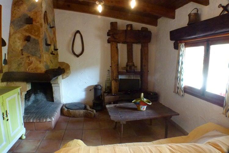 Ref: ES-07639-03 1 Bedrooms Price
