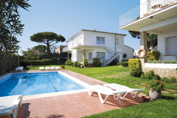 Spanje | Costa-Brava | Appartement te huur in Sant-Feliu-de-Guixols met zwembad  met wifi 5 personen