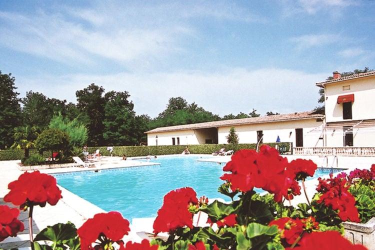 Villa met zwembad met wifi  SallesVillapark Château de Salles  Villa Type Fronsac 2