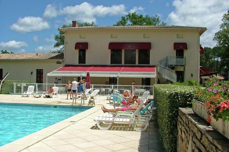 Frankrijk | Cote-Atlantique | Villa te huur in Salles met zwembad  met wifi 8 personen