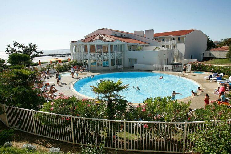 Appartement met zwembad met wifi  FourasLes Terrasses de Fort Boyard 1