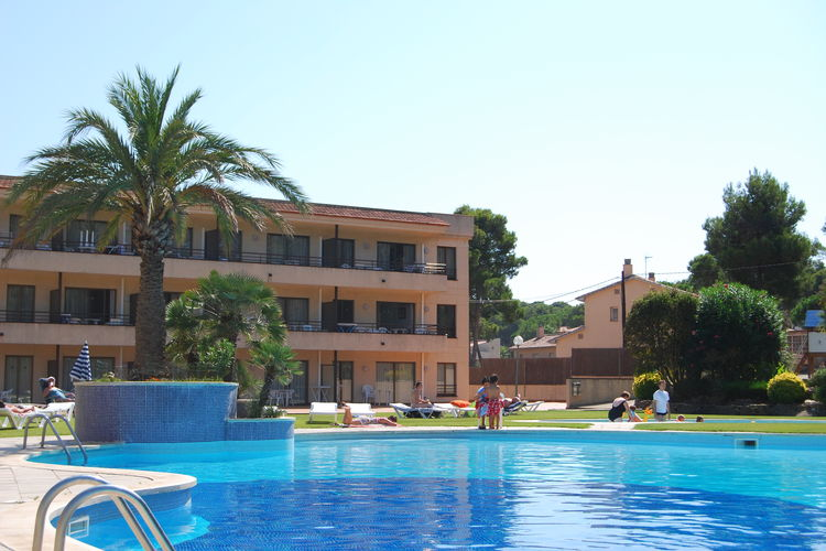Appartement met zwembad met wifi  Costa BravaVakantiepark Aparthotel Golf Beach 2