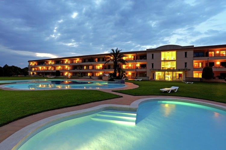 Appartement met zwembad met wifi  Costa BravaVakantiepark Aparthotel Golf Beach 1