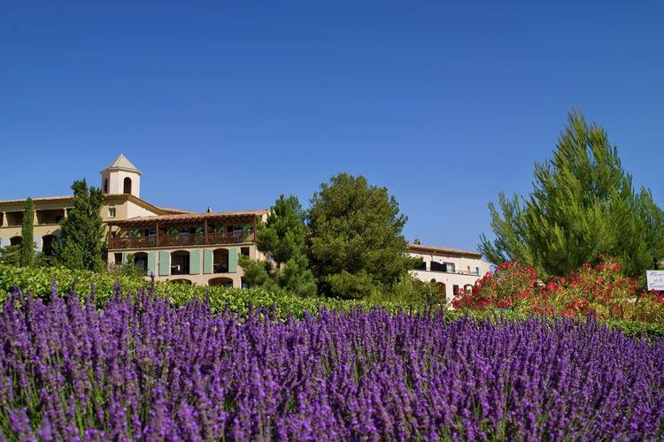 Vakantiehuizen Frankrijk | Provence-alpes-cote-d-azur | Appartement te huur in Mallemort met zwembad  met wifi 4 personen