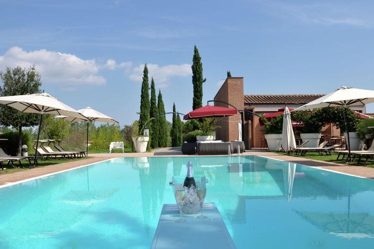 Bungalow met zwembad met wifi  ToscanaPodere Capannoli 1