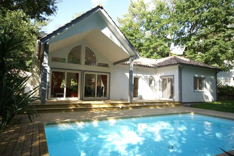 Villa met zwembad met wifi  BicarosseLes Villas du Golf 2
