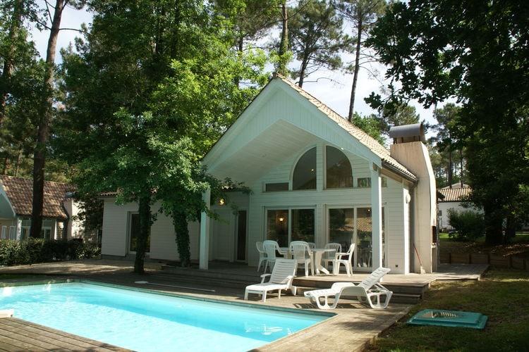 Villa met zwembad met wifi  BicarosseLes Villas du Golf 3