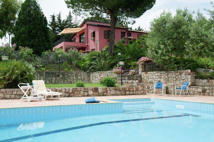 Vakantiehuis met zwembad met wifi  SiciliaVilla Sarrica 2