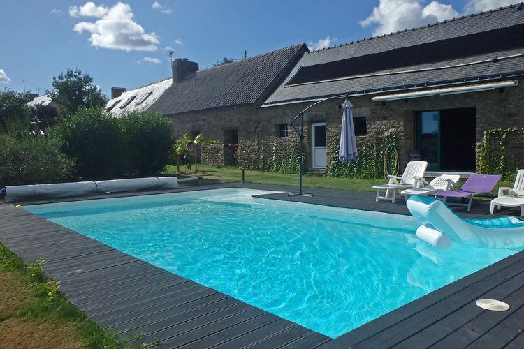 Frankrijk | Bretagne | Vakantiehuis te huur in Querrien met zwembad  met wifi 6 personen