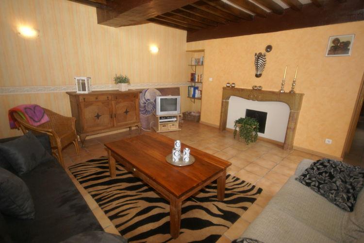 Ref: FR-70130-02 3 Bedrooms Price