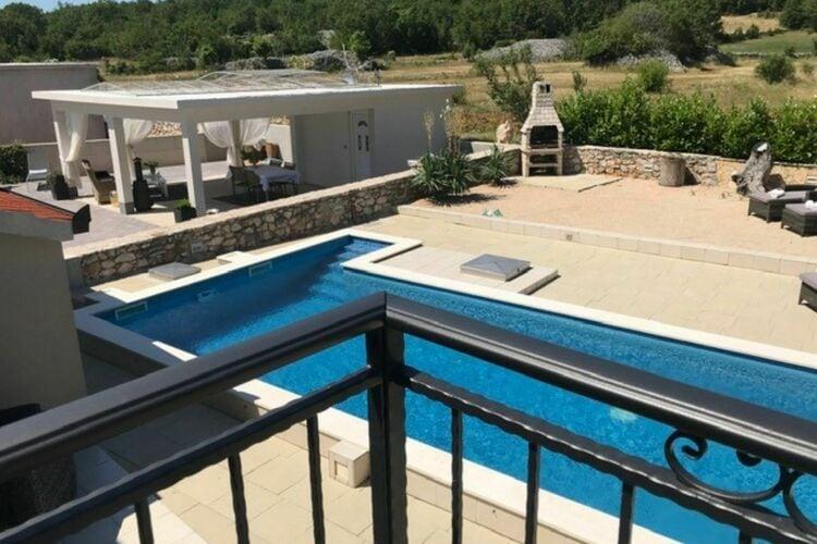 Villa Kroatië, Dalmatie, Ugljane Villa HR-21243-01