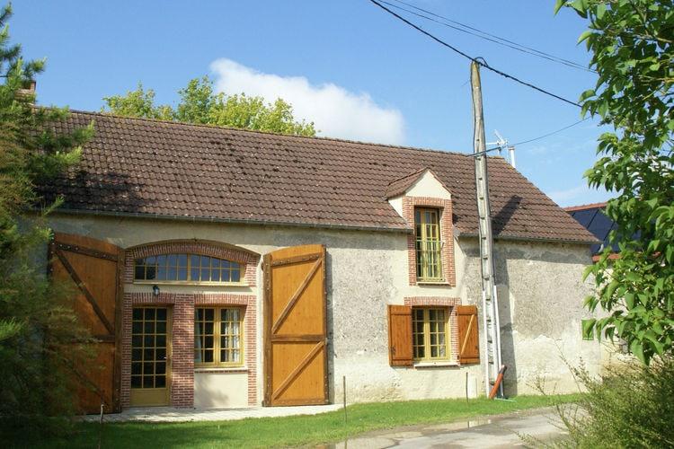 Woning Frankrijk | Region-Centre | Vakantiehuis te huur in Treilles-en-Gatinais   met wifi 7 personen