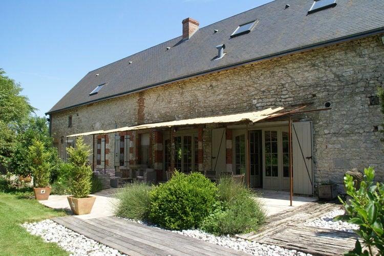 Woning Frankrijk | Region-Centre | Vakantiehuis te huur in Saint-Peravy-la-Colombe met zwembad  met wifi 8 personen