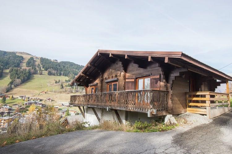Vakantiehuis  met wifi  Les Gets  Comfortabel, vrijstaand vakantiehuis voor negen personen bij Les Gets