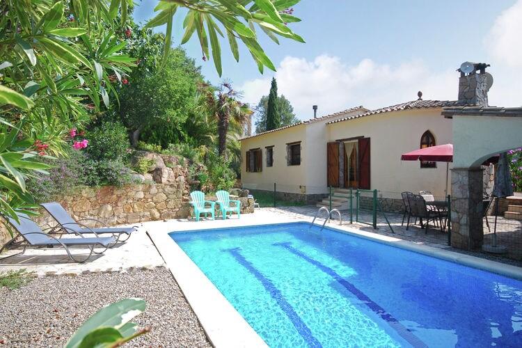Villa met zwembad met wifi  Calonge  Leuke vrijstaande villa met privé-zwembad in Calonge, vlakbij het strand