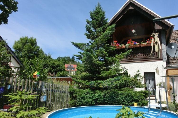 Vakantiehuis met zwembad met wifi  BlankenburgBlankenburg