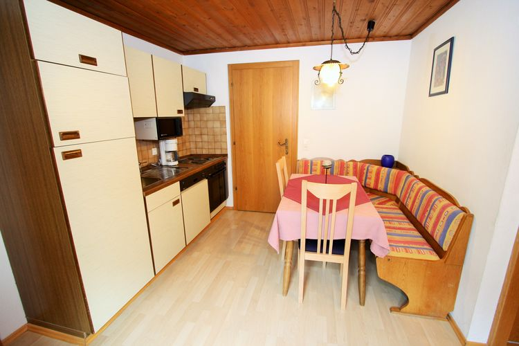 Ref: AT-5505-06 1 Bedrooms Price