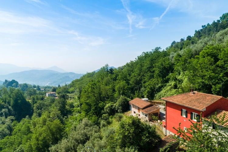 Italie | Toscana | Villa te huur in Marliana   met wifi 8 personen