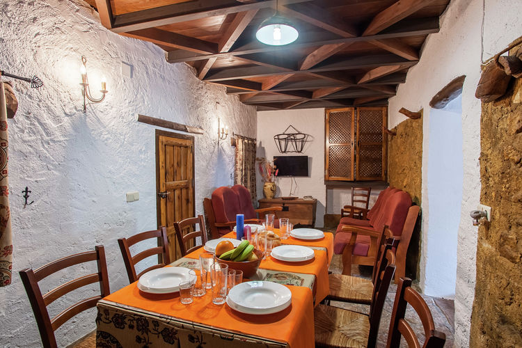 Vakantiewoning Spanje, Andalucia, Fuentes de Cesna Boerderij ES-18295-04