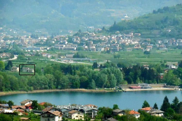 Trentino-alto-adige Appartementen te huur Appartement met gemeenschappelijke tuin op 400 meter van het meer van Caldonazzo