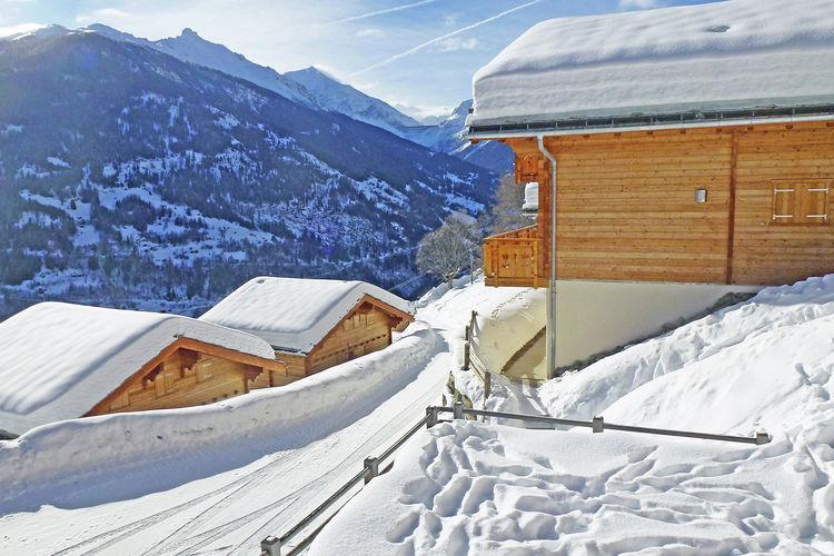 Chalet Zwitserland, Jura, Les Masses Chalet CH-1987-24