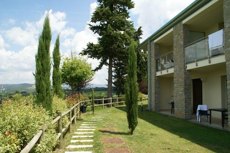 Toscana Appartementen te huur Comfortabel appartement met airco en omheind zwembad in de Chianti