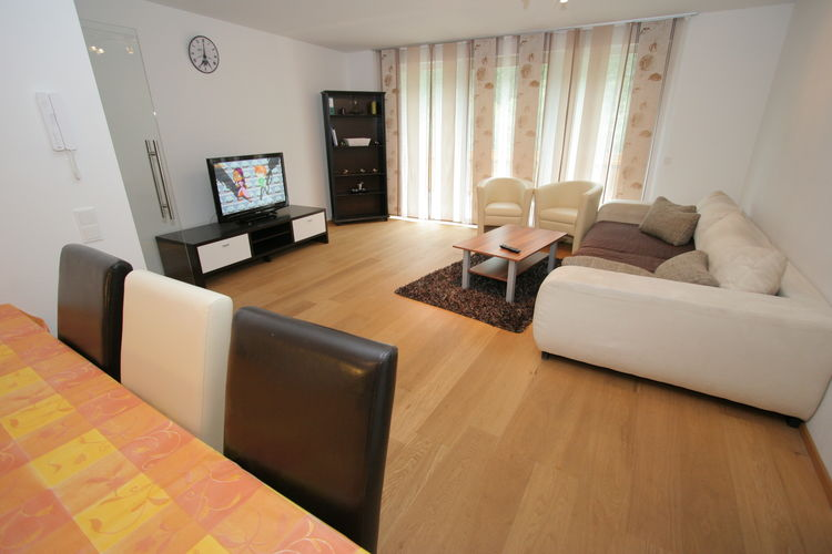 Ref: AT-5752-37 3 Bedrooms Price