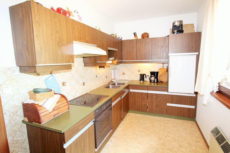 Ref: AT-9163-03 2 Bedrooms Price
