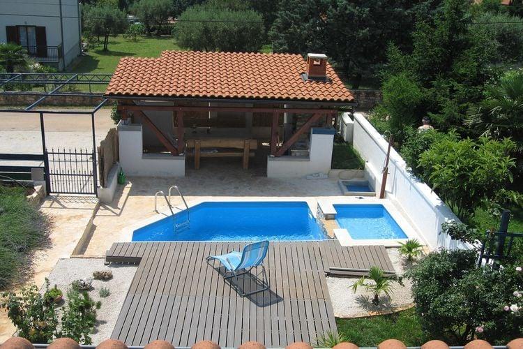 Kroatie | Istrie | Vakantiehuis te huur in Vabriga met zwembad  met wifi 8 personen