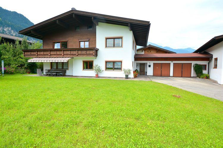 Oostenrijk | Tirol | Villa te huur in Schlitters   met wifi 13 personen