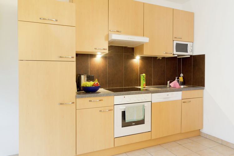Ref: AT-5710-135 6 Bedrooms Price