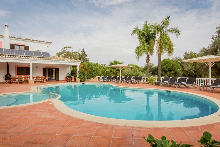Carvoeiro Vakantiewoningen te huur Zeer luxe Villa in Moorse stijl met privé zwembad en tennisbaan nabij Carvoeiro