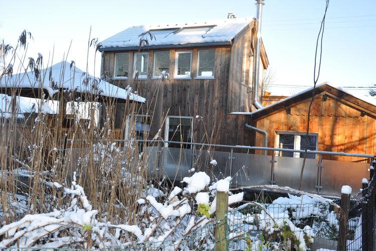 Erg origineel chalet met jacuzzi en nipa hut op de terras, in de buurt van Spa!