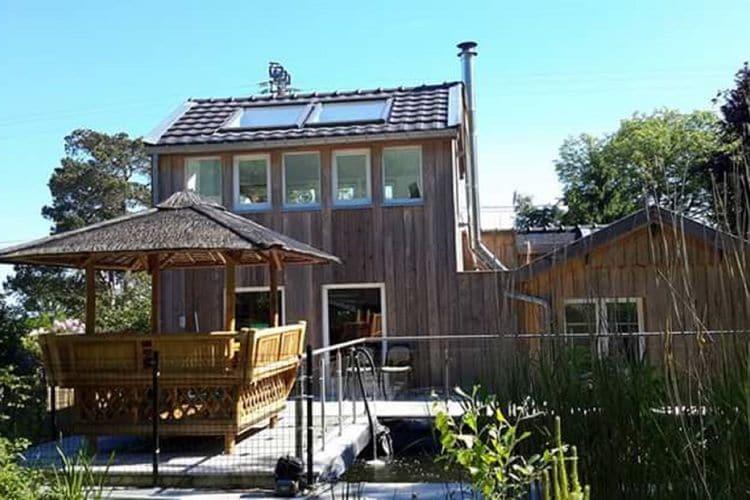 Jalhay Vakantiewoningen te huur Erg origineel chalet met jacuzzi en nipa hut op de terras, in de buurt van Spa!