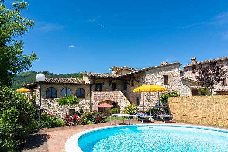 Vakantiehuizen Italie | Marche | Vakantiehuis te huur in Cagli met zwembad  met wifi 4 personen